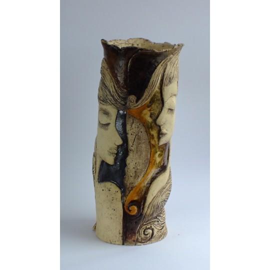 Váza dívka úzká